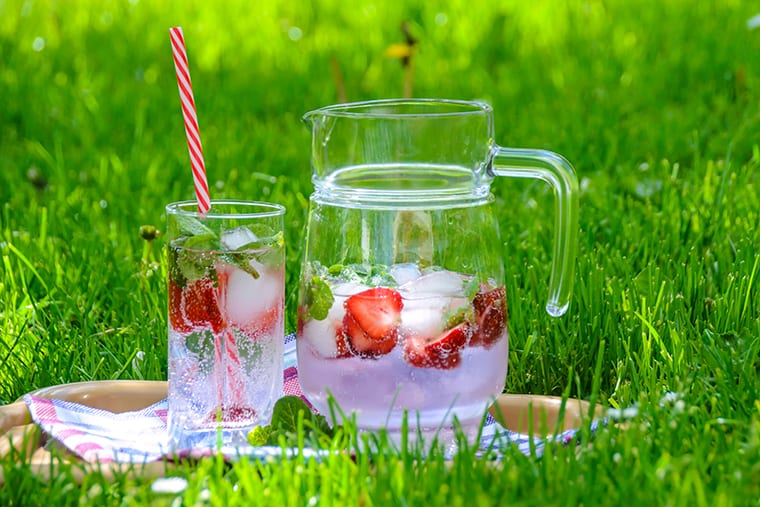 Fresh fruit adds some fruitiness to fresh water, without the calories of fruit juice.
