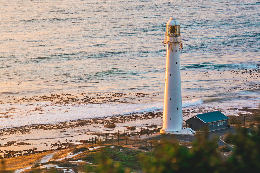 A visit to the Kommetjie Lighthouse is  a must when you go on a Western Cape road trip